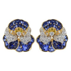 Oscar Heyman Pansy Earrings