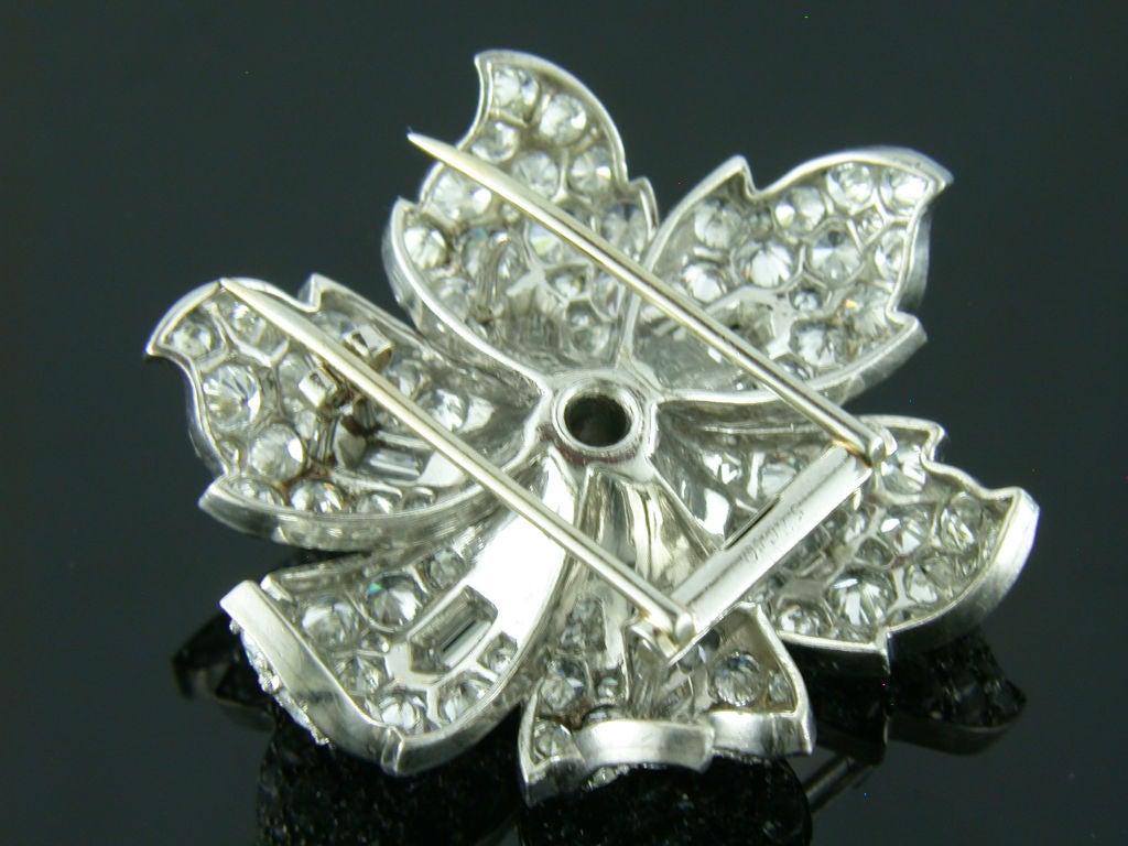 1930s 12 Carats Diamonds Platinum Flower Brooch 4