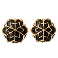 """DAVID WEBB """"Snowflake"""" Ear Clips in Onyx and Gold"""