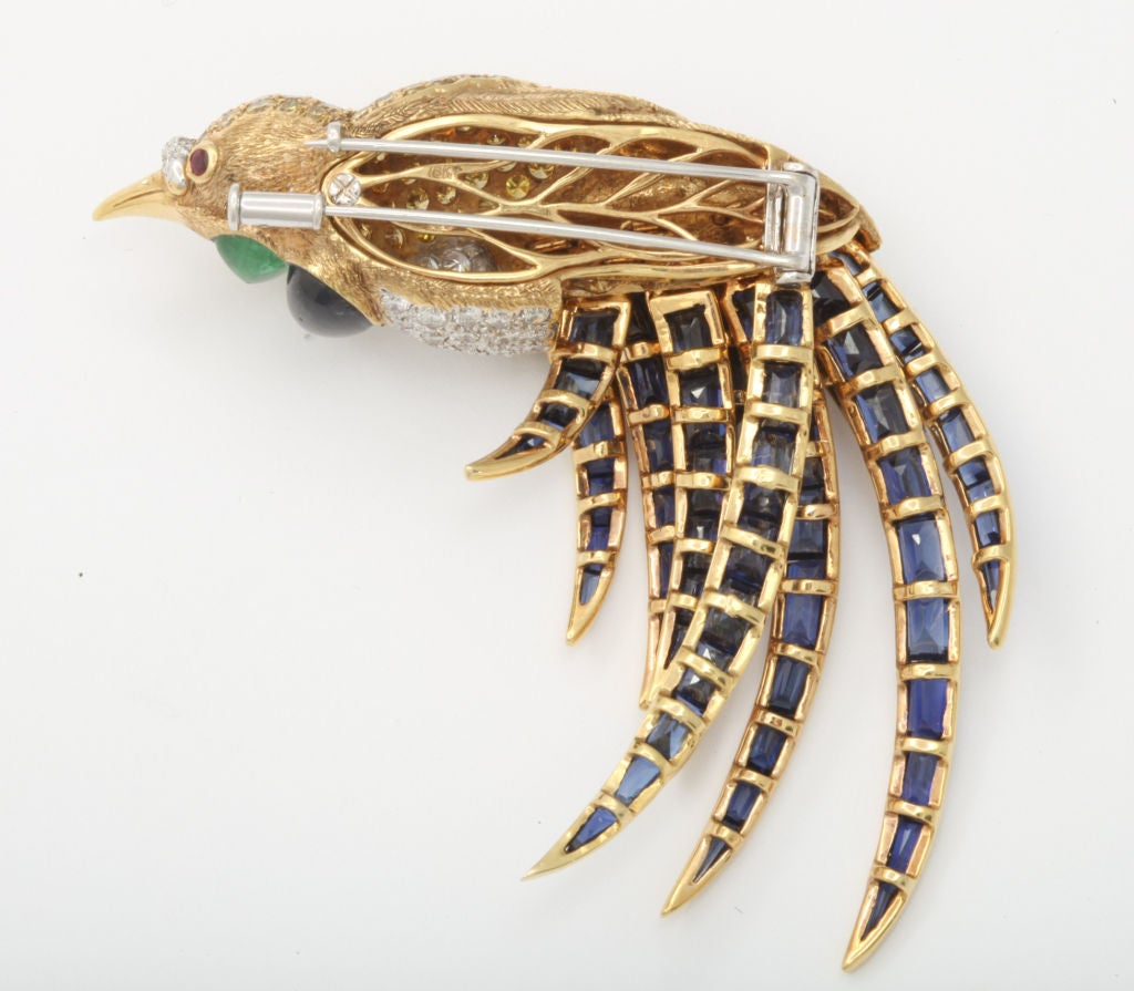 Fred Leighton Multi Gem Bird of Paradise Brooch with Articulated Tail Feathers In Excellent Condition For Sale In New York, NY