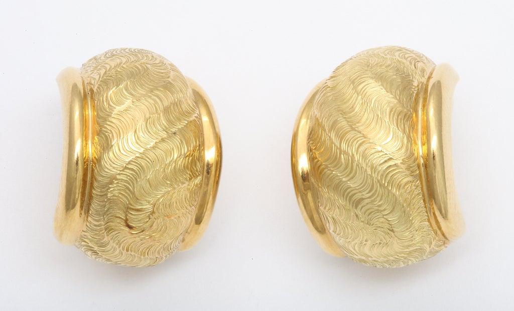 TIFFANY & CO. Gold Ear Clips 3