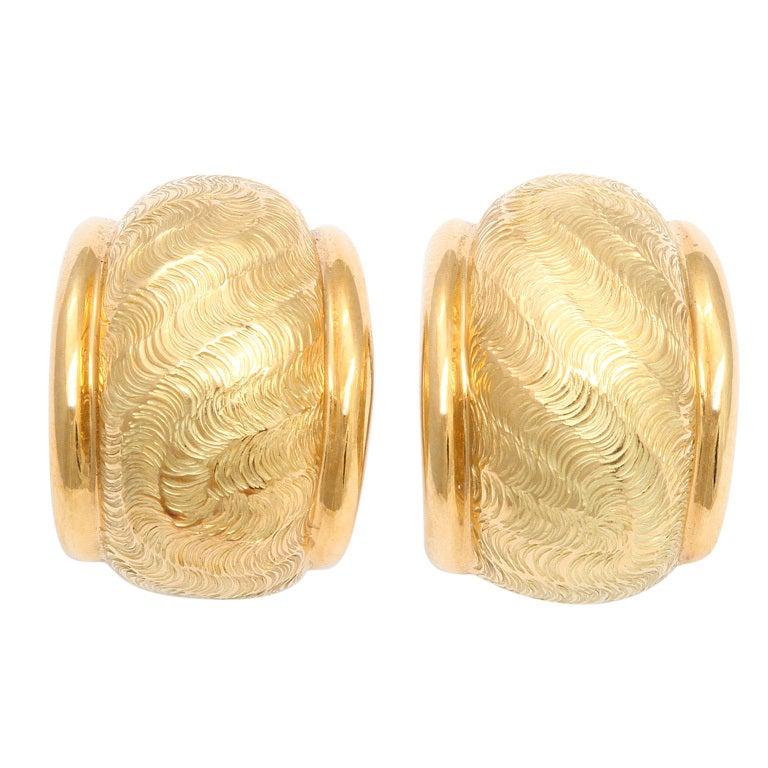 TIFFANY & CO. Gold Ear Clips 1