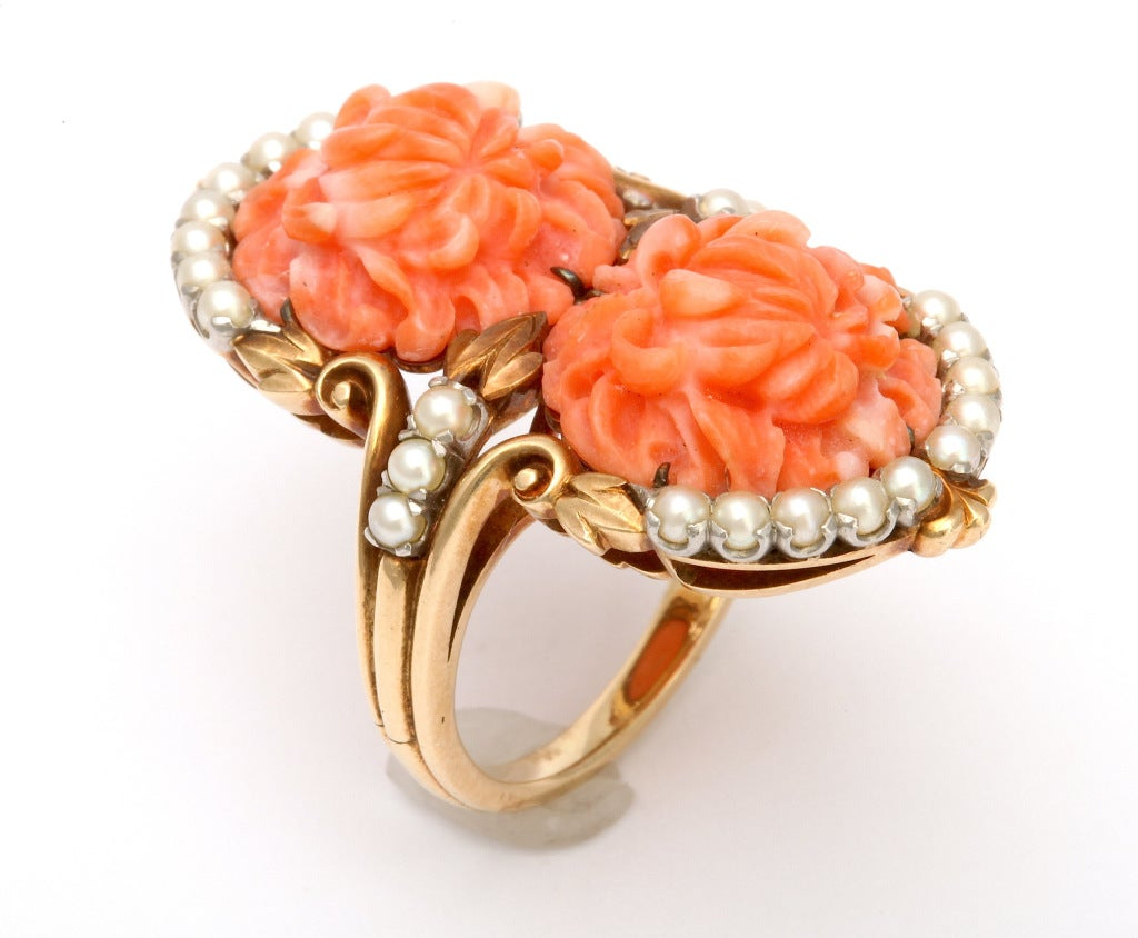 1930s Carved Coral and Pearl Gold Bracelet and Ring. For Sale 2