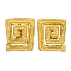 Large 1970s Mapamentos Classic Grecian Gold Ear Clips