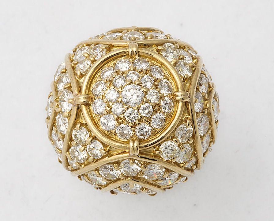 Women's HARRY WINSTON Diamond Large Dome Ring