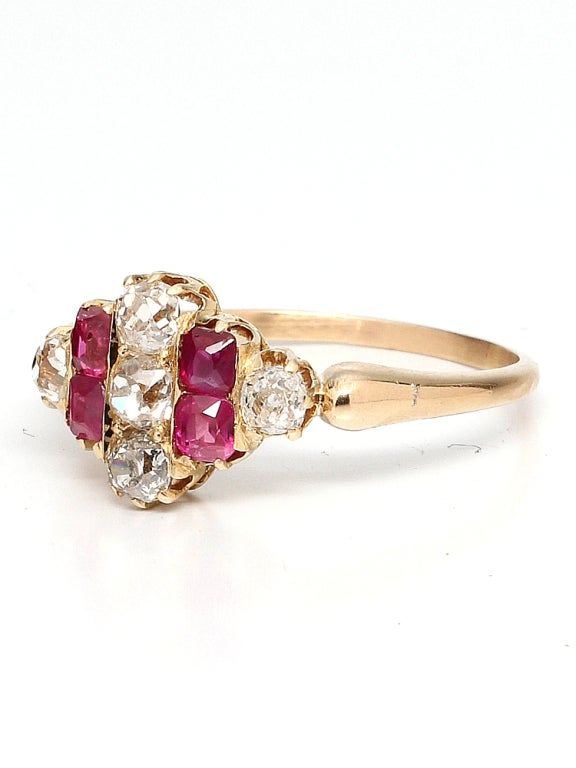 1900s Ruby, Old Mine Cut Diamond and Gold Ring In Good Condition For Sale In West Hollywood, CA