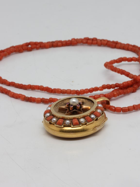 Coral Pearl Gold Victorian Locket For Sale 1