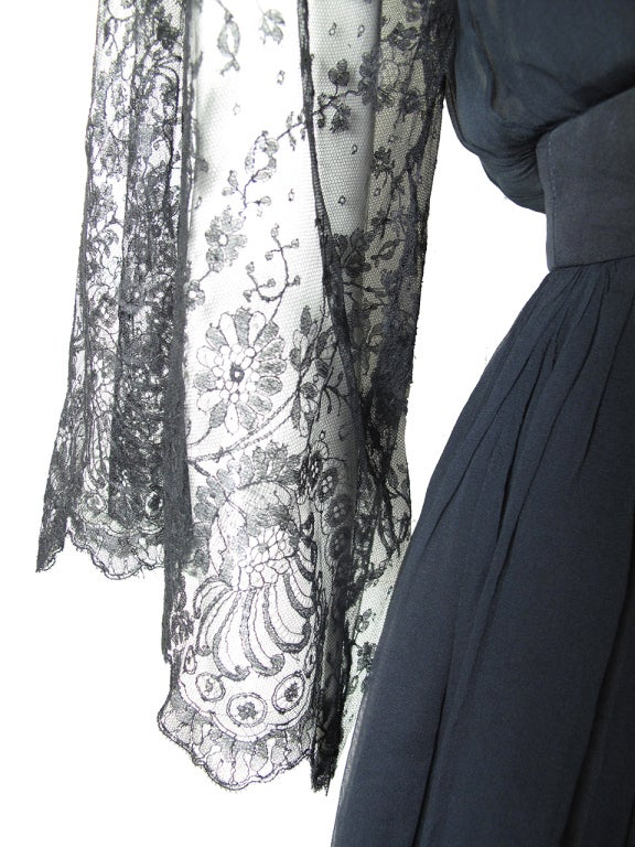 Georgette Trilere 1950 S Chiffon And Lace Dress At 1stdibs