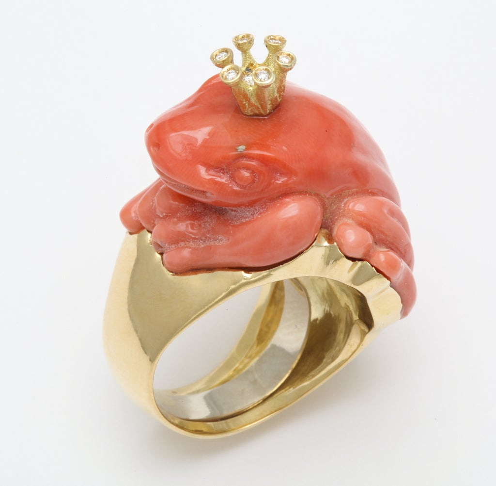 Contemporary Michael Kanners Coral Diamond Gold Crowned Frog Ring For Sale