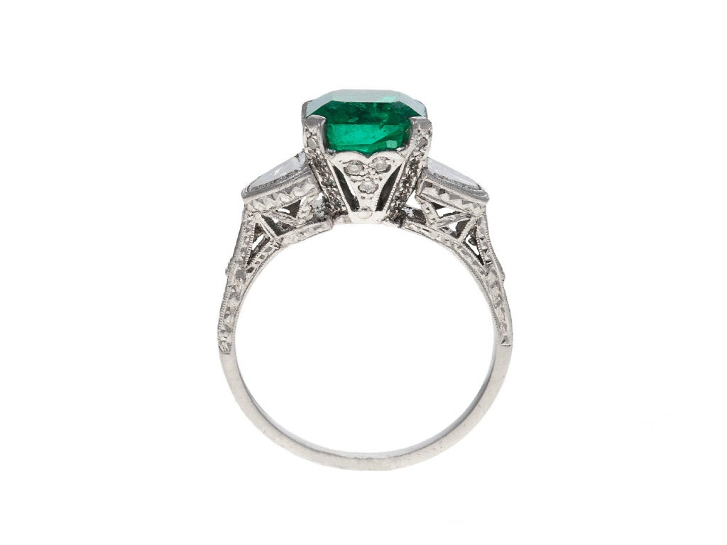 Diamond, Emerald & Platinum Ring 2