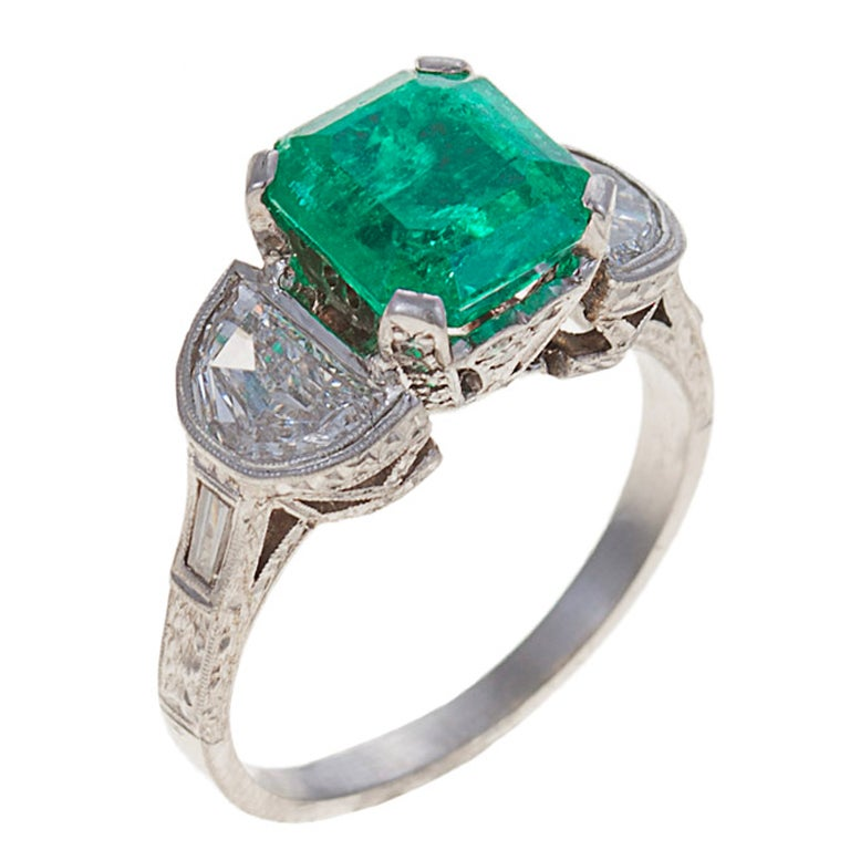 emerald and platinum ring for sale at 1stdibs