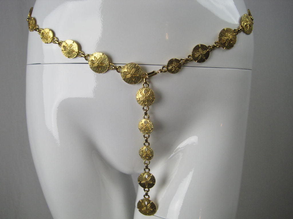 1970's Mimi Di N Sand Dollar Belt or Necklace 3