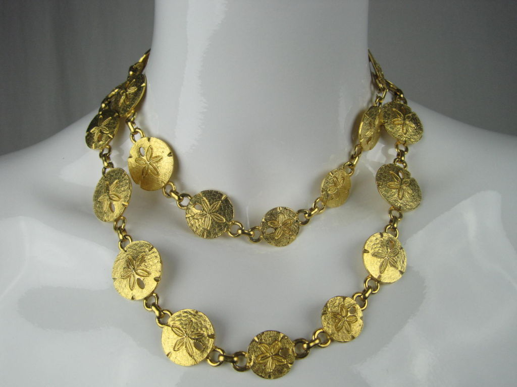 1970's Mimi Di N Sand Dollar Belt or Necklace For Sale 1