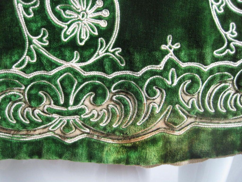 Victorian Cut Velvet Capelet Circa 1890 10