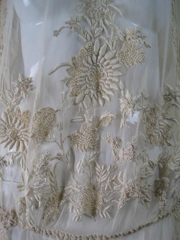 1920 S Ecru Net Hand Embroidered Irish Crochet Dress At