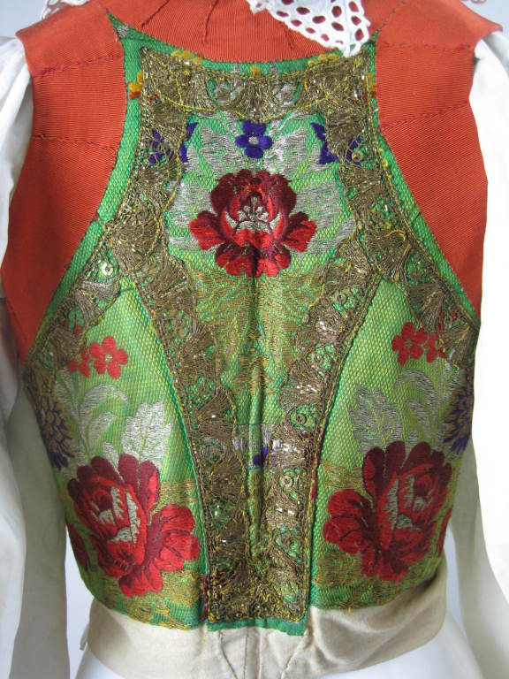 Early 20th Century Eastern European Blouse and Vest 8