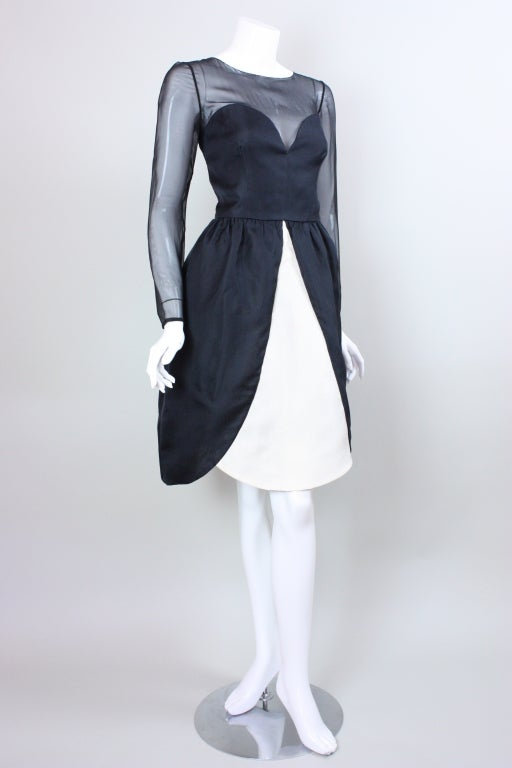 1980's Bill Blass Black and White Cocktail Dress In Excellent Condition For Sale In Los Angeles, CA