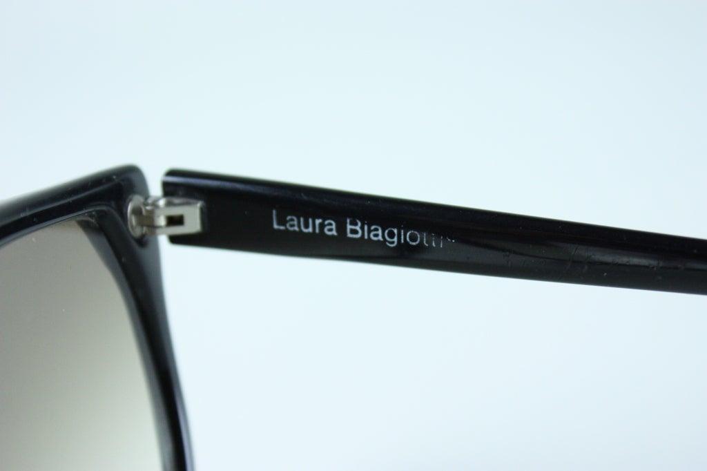Laura Biagotti Sunglasses 5