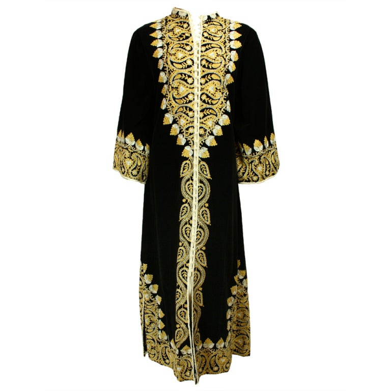 1960's Moroccan Embroidered Caftan For Sale