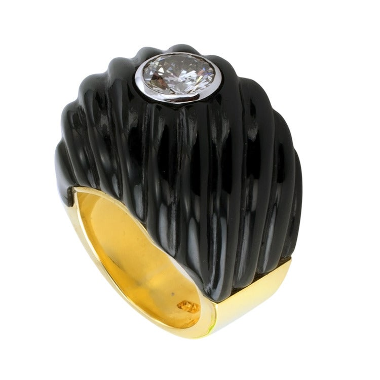 Carved Black Jade and Diamond Gold Ring For Sale 1