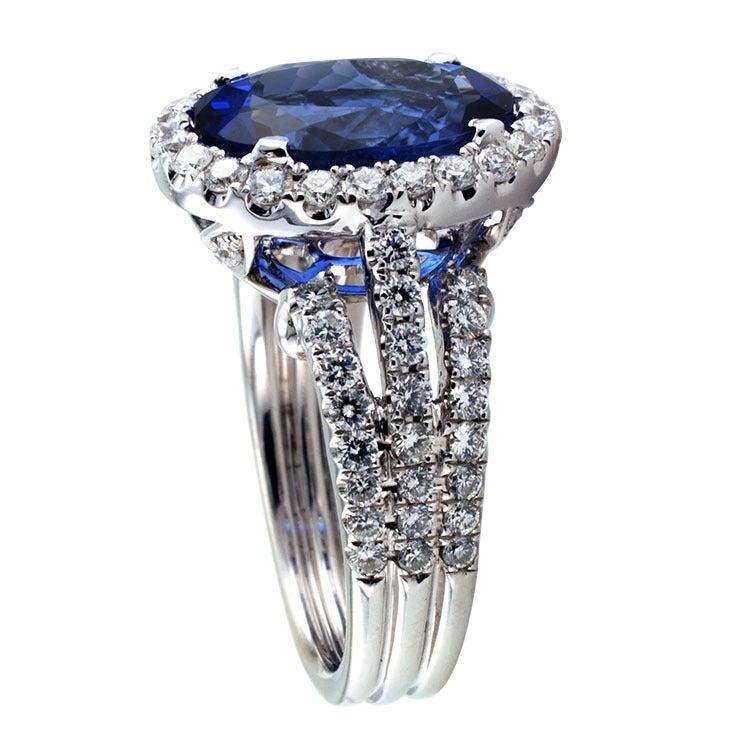 Impressive Tanzanite & Diamond Ring 3