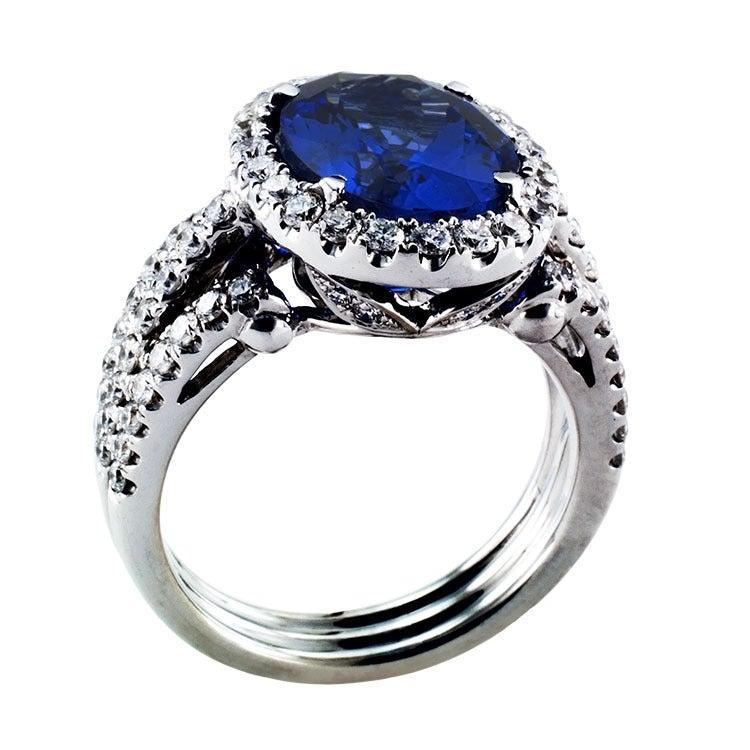 Impressive Tanzanite & Diamond Ring 4
