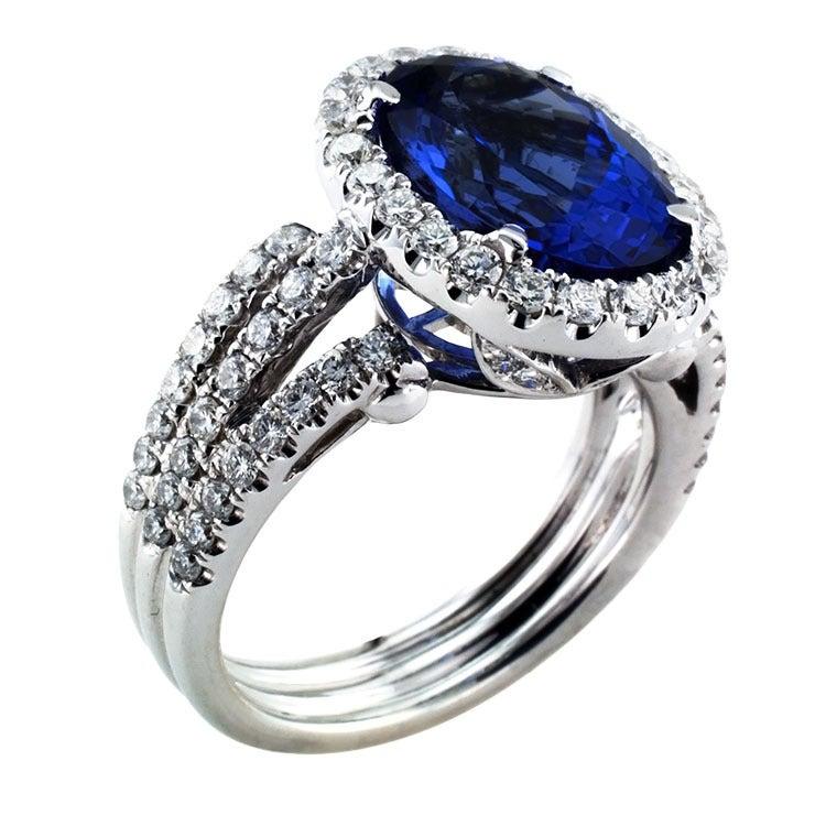 Impressive Tanzanite & Diamond Ring 5