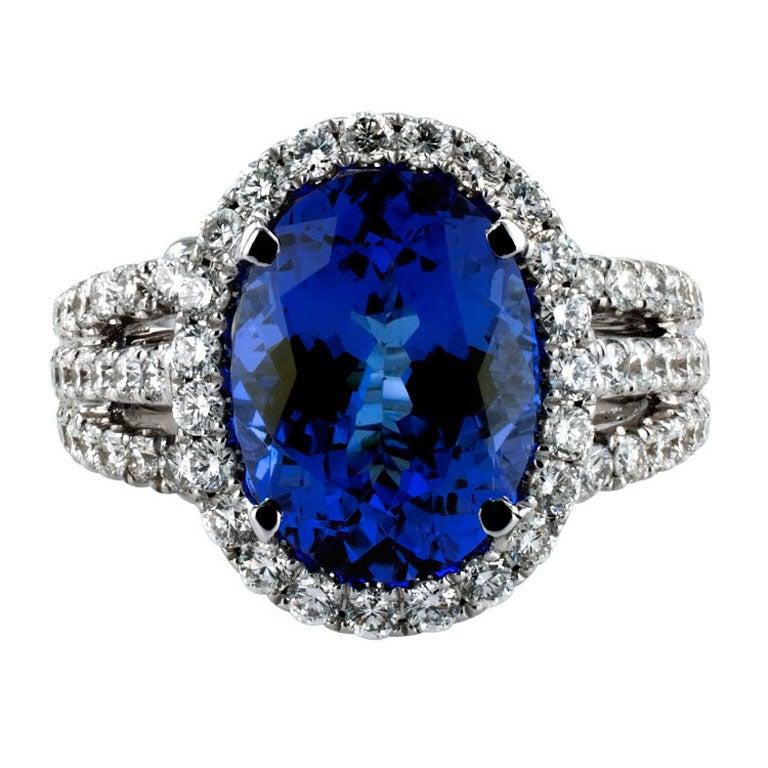 Impressive Tanzanite & Diamond Ring 1