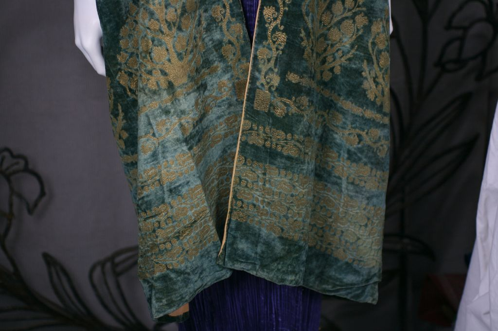 Black Mariano Fortuny Green Stencilled Velvet Long Coat For Sale