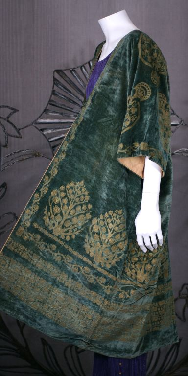Mariano Fortuny Green Stencilled Velvet Long Coat 4