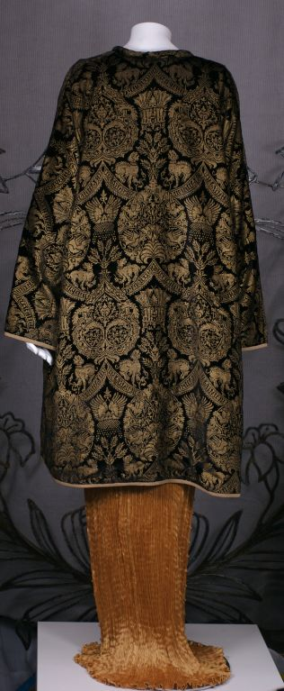 Mariano Fortuny Black  Stencilled Velvet Long Coat For Sale 3