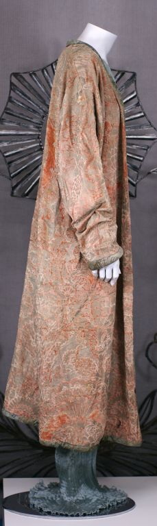 Mariano Fortuny Pink Coral Stencilled Velvet Long Coat For Sale 3