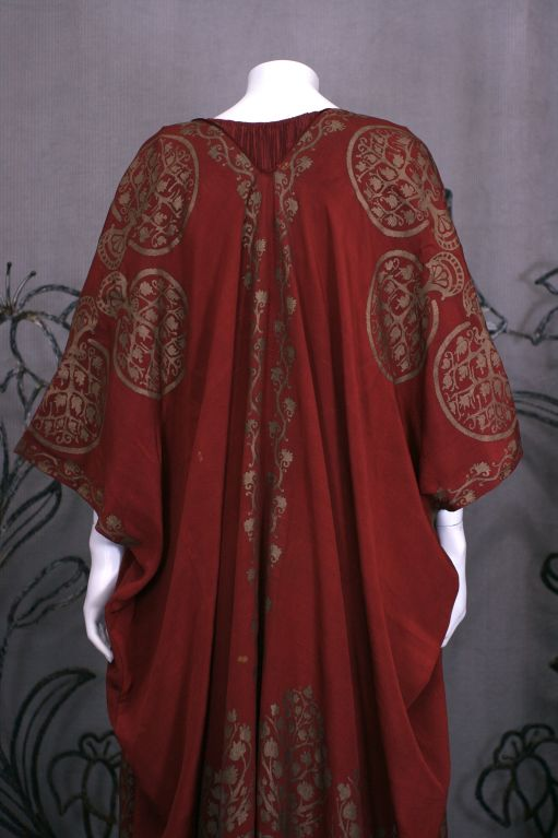Mariano Fortuny Burgundy Stencilled Crepe Coat 8