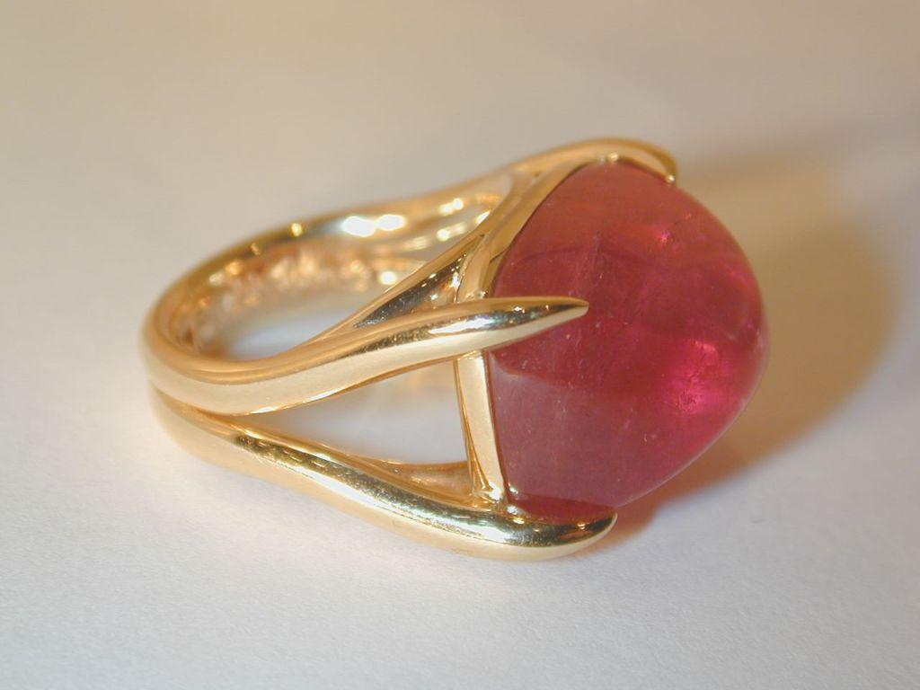 "Cabochon Pink Tourmaline ""Swing Ring"" 2"
