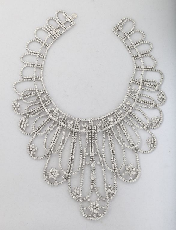 Magnificent White Diamond Platinum Draperie Suite In Excellent Condition For Sale In New York, NY
