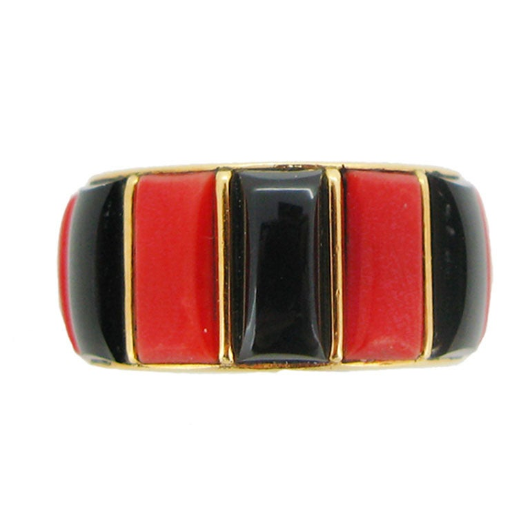 Cartier Paris 1970s Coral Onyx Gold Band Ring