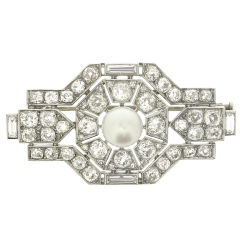 Boucheron Paris pearl and diamond brooch, French, circa 1920.
