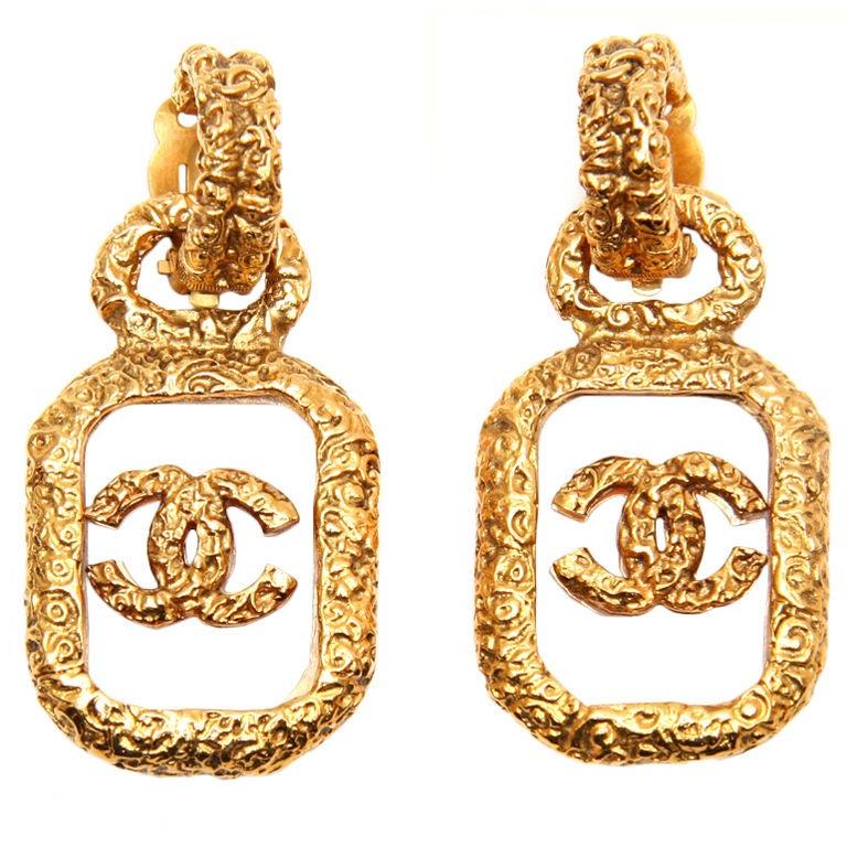 chanel logo earrings at 1stdibs