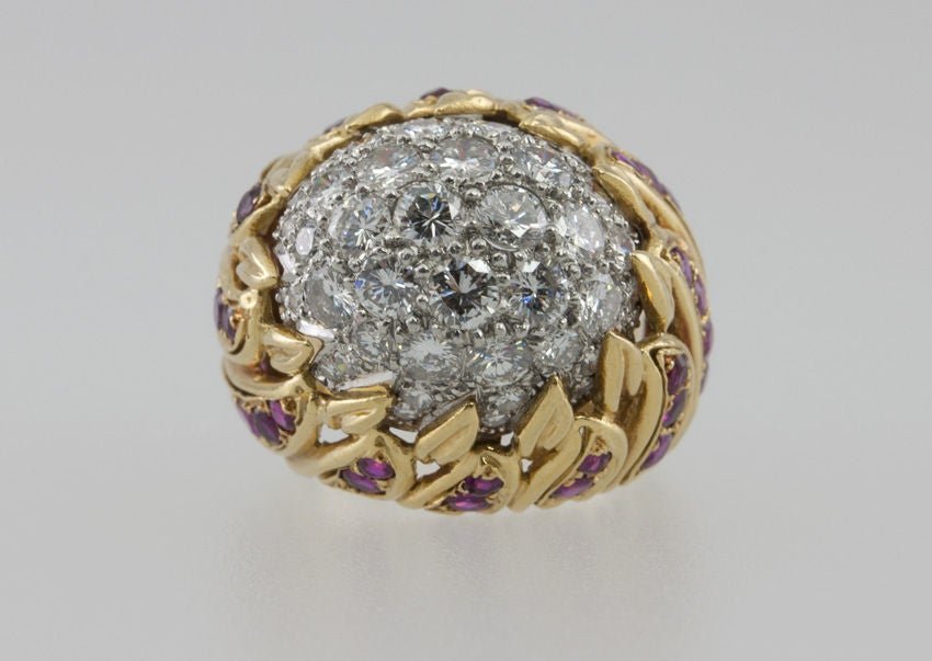 Ruby Diamond Gold Flame Cocktail Ring In Excellent Condition For Sale In Los Angeles, CA