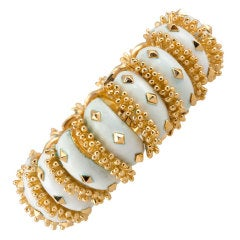 David Webb 18 Karat Yellow Gold and White Enamel Gold Bracelet, circa 1970