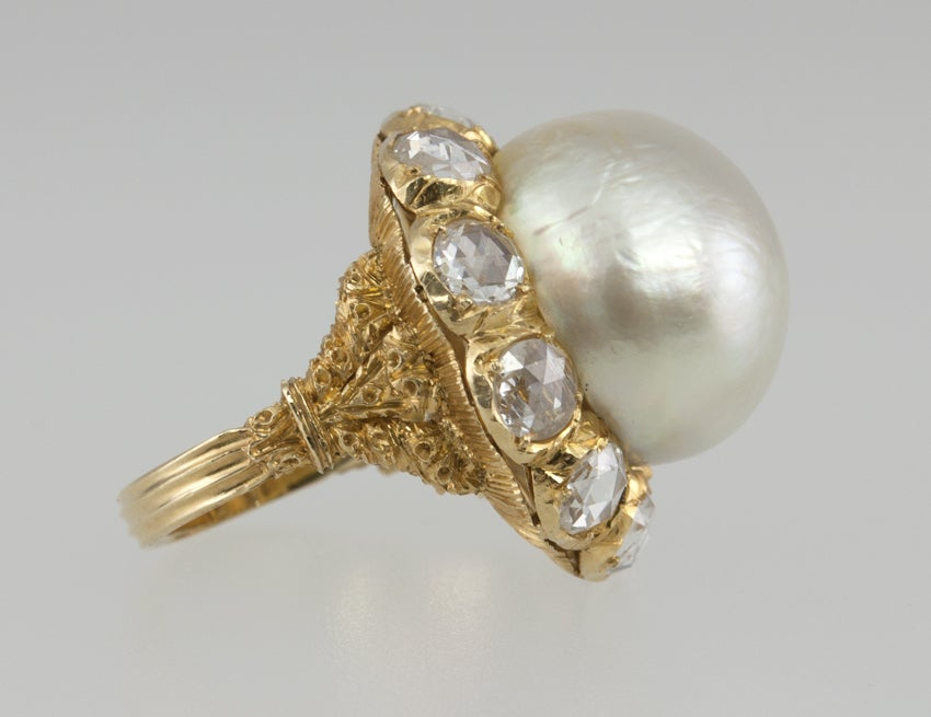 Buccellati Pearl and Rose Cut Diamond Cluster 18 Karat Yellow Gold Ring 3