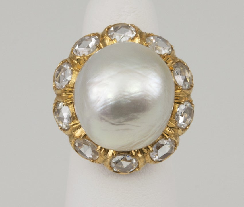 Buccellati Pearl and Rose Cut Diamond Cluster 18 Karat Yellow Gold Ring 4