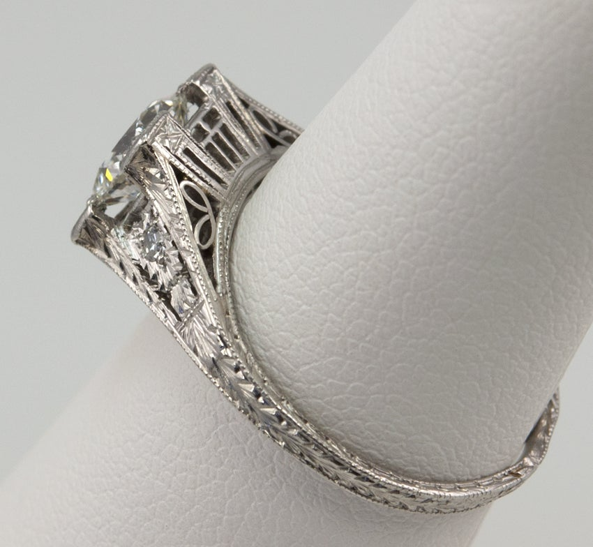 Diamond .94ct Engagement Ring In Excellent Condition For Sale In Los Angeles, CA