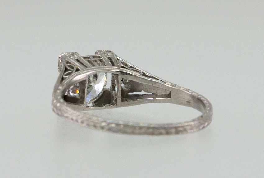 Diamond .94ct Engagement Ring For Sale 1