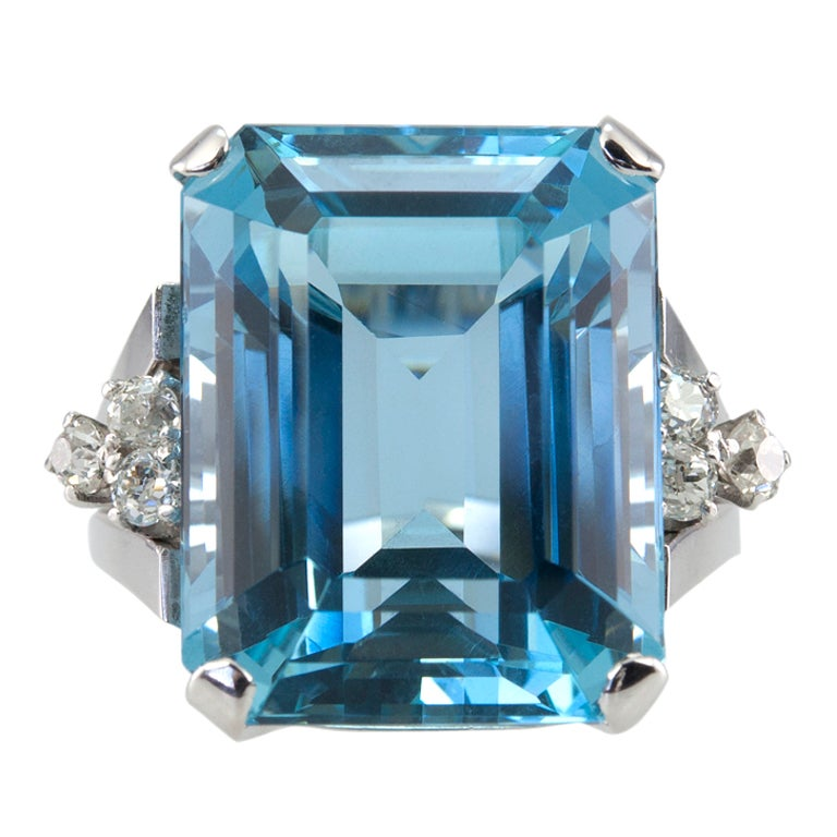 Large Aquamarine Ring For Sale
