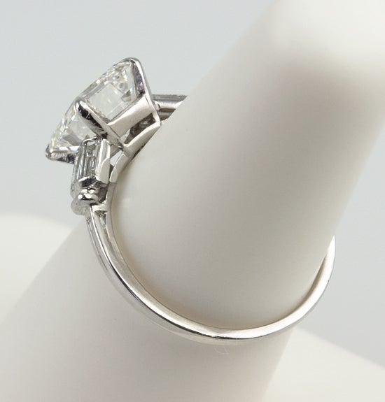 Beautiful 2.07 Carat Emerald Cut Diamond Ring image 5
