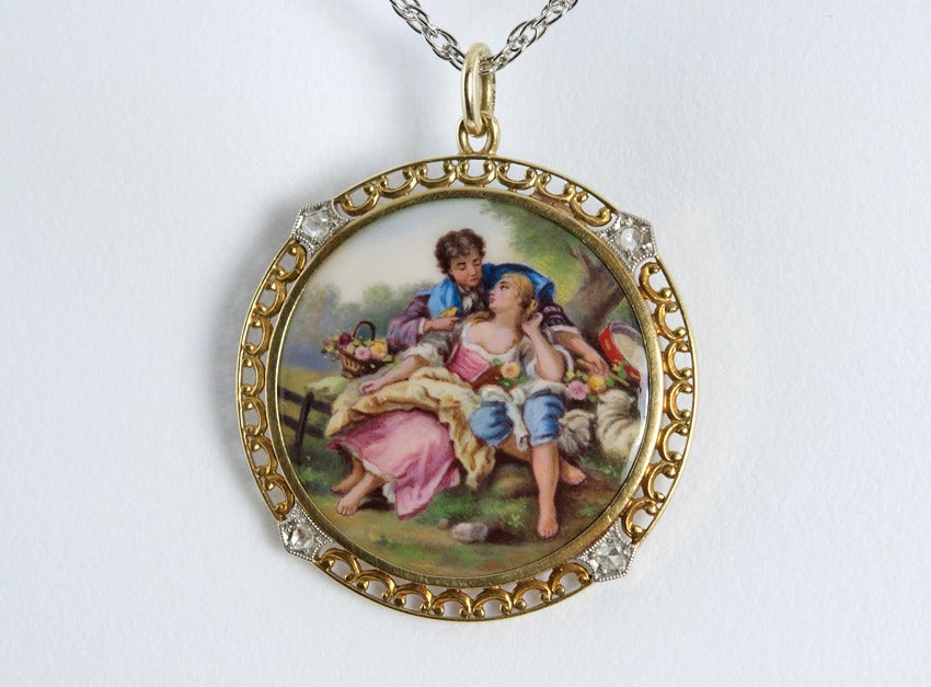 1900 Tiffany & Co. Painted Scene Pendant In Good Condition For Sale In Los Angeles, CA