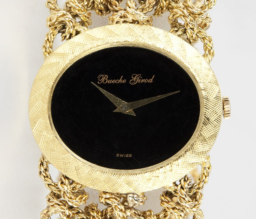 Bueche Girod Lady's Yellow Gold Bracelet Watch with Onyx Dial In Good Condition For Sale In Los Angeles, CA