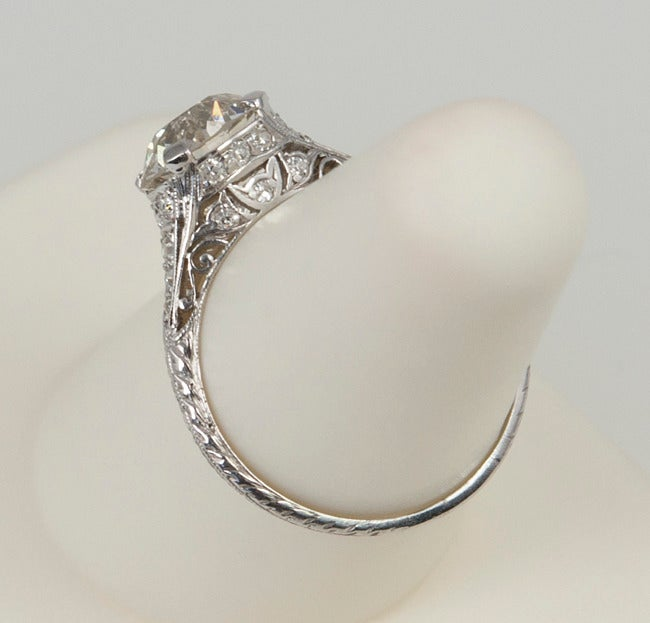 2.00 Carat Art Deco Engagement Ring For Sale 2