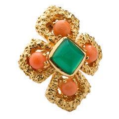 VAN CLEEF & ARPELS Cabochon Coral Emerald Ring